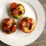 mini chickpea pizzas