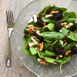 spinach walnut feta salad