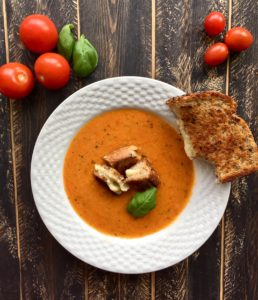 Roasted Tomato & Red Pepper Soup